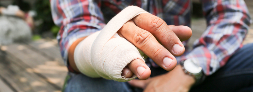 hand injury lawyer New London, MO